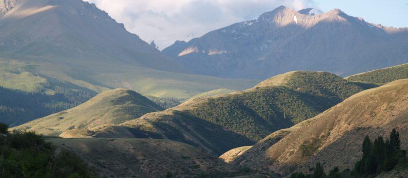 Уединение в горах Тянь-Шань. Александр Зуев.